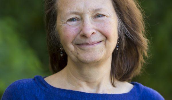 Dr. Julie Mares