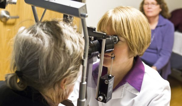UW Health Department of Ophthalmology & Visual Sciences Dr. Barbara Blodi. 2/18/11 9:10:21 AM (Photo @ Andy Manis)